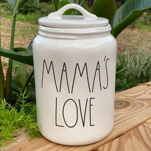 New Rae Dunn MAMA'S LOVE Large Canister
